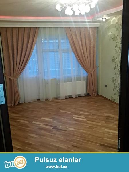 tabriz kuc [kohna capayev kuc]Koroqlu Rehimov kuc kasismasinda 18\17 martabasi yeni tikili 125 kv m sahasi olan 3 otaq manzil tecili olaraq satilir...