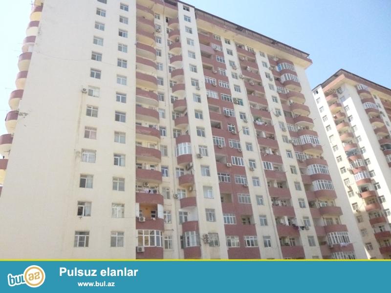 Həzi Aslanov metrosunun çıxışında Tikmat tikinti şirkətinə aid yeni tikili binada ümumi sahəsi 113 m2 olan pod moyak temirsiz menzil tecili olaraq satılır...