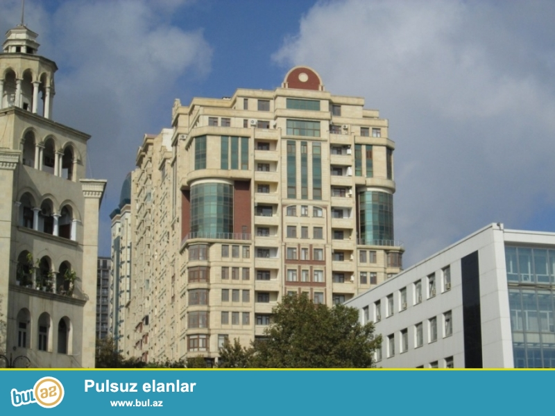 """Сдаётся 2-х комнатная в престижном здании """"Жаля плаза""""  по проспекту Бюль-Бюля..."""