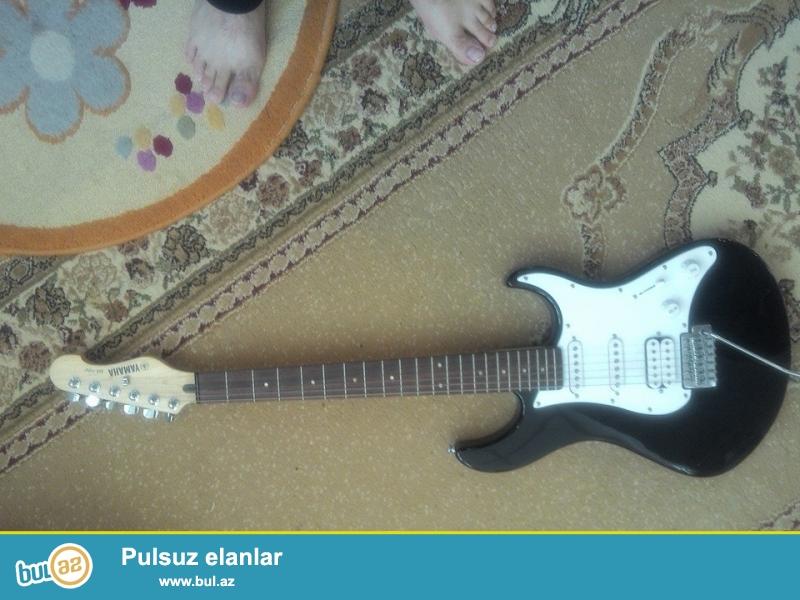 orjinal çox az işlenmiş elktro gitara Yamaha.