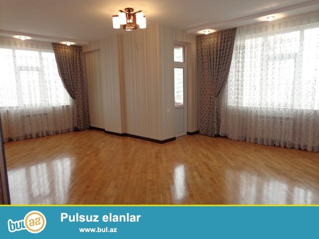 В престижном месте города, около парка Мусабекова , в жилой новостройке продается 3-х комнатная квартира...