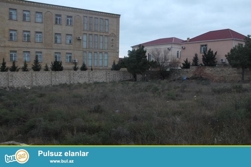 Səbail rayonu, Badamdar qəsəbəsi, I massiv, Polis idarəsi və MTN qospitalının yaxınlığında ümumi sahəsi 10 sot olan torpaq sahəsi satılır...