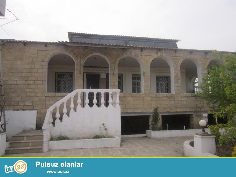 Очень срочно! В поселке  Бильгя  около новой мечети  продается 1-но  этажный 3-х комнатный частный дом площадью 100 квадрат расположенный на 12-и сотках земли...
