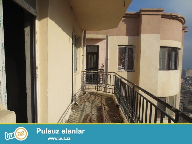 Yasamal ray,Y.Ysamal Bizim Marketin yaxınlığında inşa edilmiş, coxmərtəbli binanın 19-cu mərtəbəsində, sahəsi 95 kv...