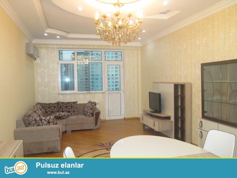**РУФАТ*  *АЙНУР**   Сдается  новая  3-х  комнатная квартира   возле   метро   Низами,  15 17  148  кв...
