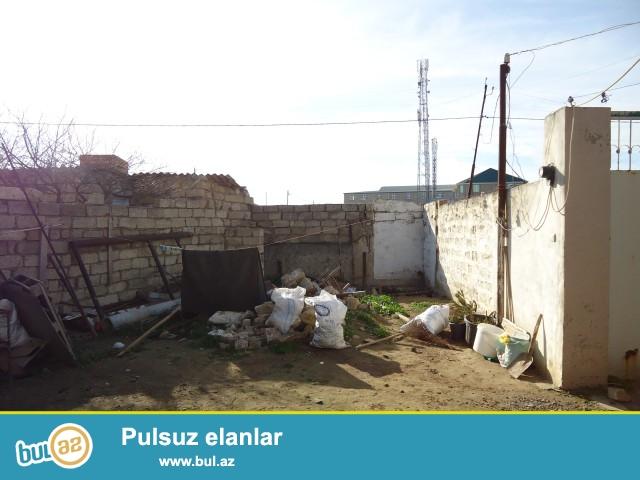 Sabunçu rayonu Zabrat –Maştağa yolunda Araz marketə yaxin ərazidə,3...