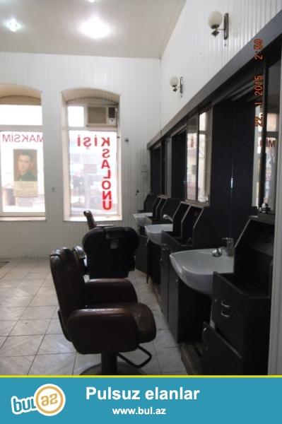 Сдается готовый мужской салон в центре города, около метро Низами 5/2...