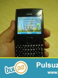nokia x2 0-1 satilir 2 ilin telefonudur batareya ve qutusuyla verilir