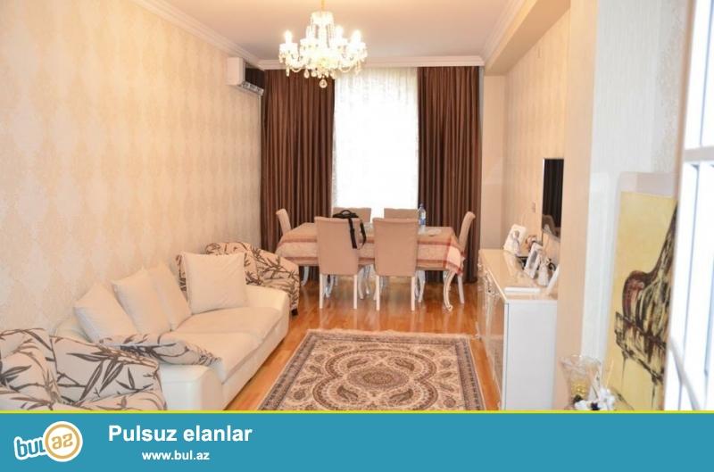 Сдается 2-х комнатная квартира в новостройке, в районе Ени Ясамал, рядом с метро Иншаатчилар...