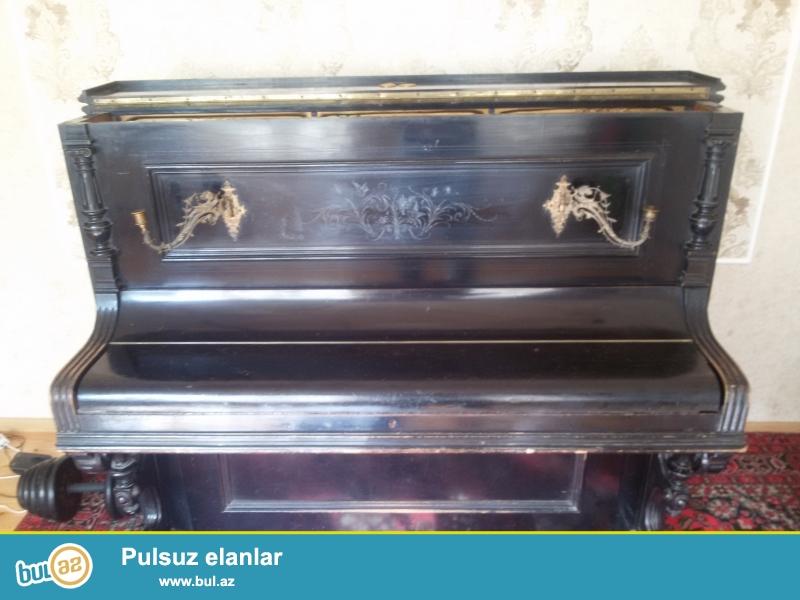 """1892-ci ildə Almaniyanın BLUTNER Fabrikinin istehsal etdiyi """"BLUTHNER GOLDENE MEDAİLLE"""" Pianino satılır..."""