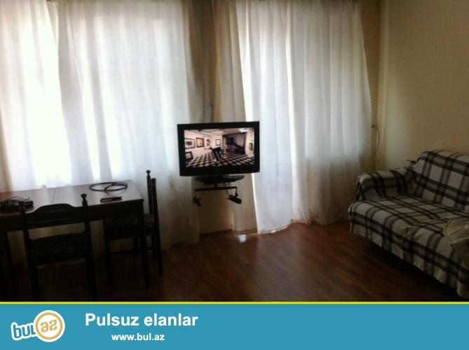 Cдается 1 комнатная квартира в центре города,около метро Сахиль...