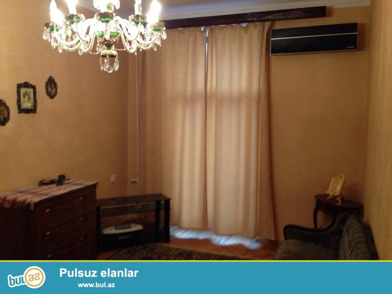 Cдается 2-х комнатная квартира в центре города, около метро 28 Мая...