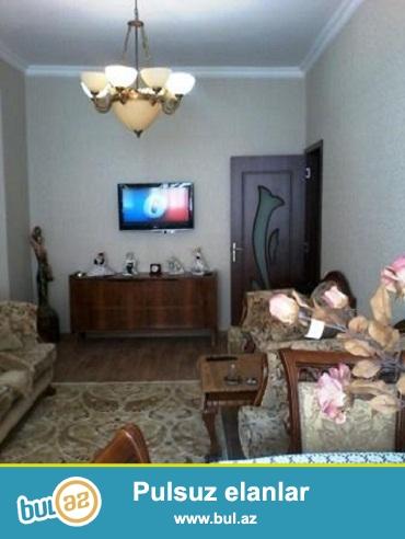 Продается 2-х комнатная квартира (1 комнатная переделанная в 2-х комнатную) 14 19-этажного здания около дом торжества Сиягут в районе м...