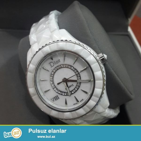 Dior keramika qadin qol saati deqiq islemeyine zemanet veririk qabi pasportu var bir gune catdirilma