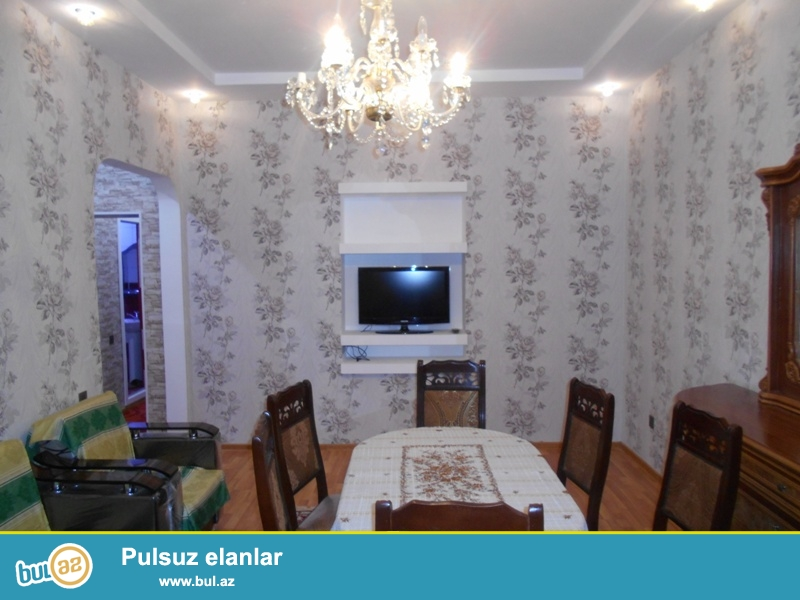 Cдается 3-х комнатная квартира в центре города,по проспекту Строителей, рядом с ЦСУ...