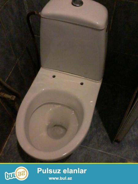 Tecili olaraq yaxwi ishlenmish veziyetde olan tualet akssesuarlari satilir...
