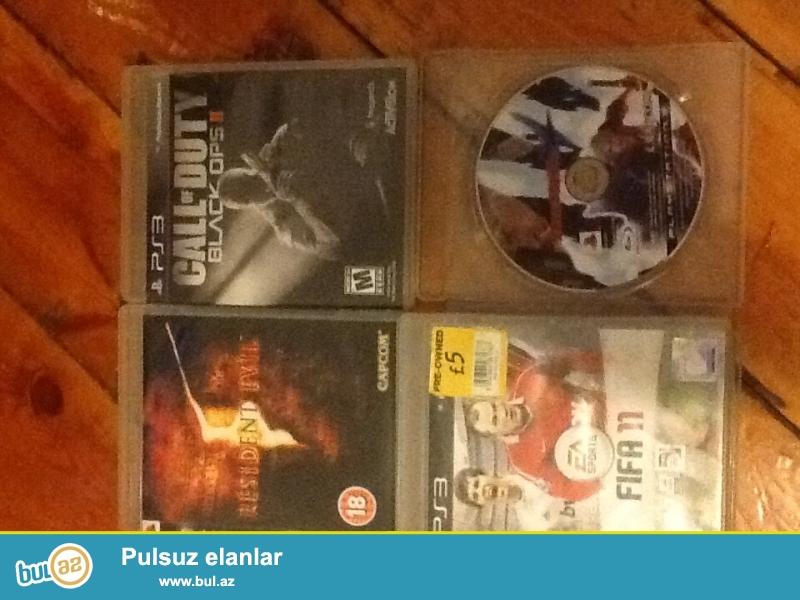 Playstation 3 oyunlari satilir ve ya barter olunur<br /> Call of Duty Chosts-35 azn<br /> Call of Duty Black ops 2- 25 azn<br /> Stranglehold -25 azn<br /> Resident Evil 5 - 25 azn<br /> Fifa 11 - 20 azn<br /> Devil May cry 4 -20 azn<br /> WhatsApp- la da yaza bilersiz<br />