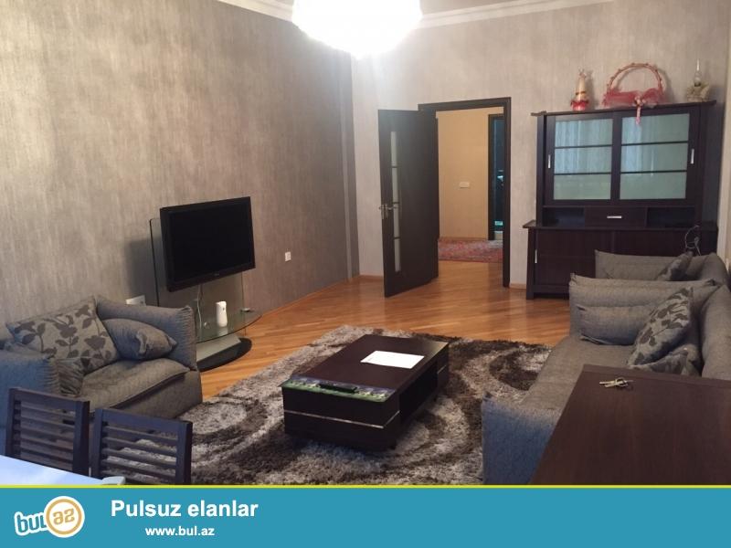 Сдается 2-х комнатная квартира в новостройке,в районе Ясамал, рядом с памятником Н...
