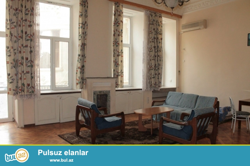 """Сдается 2-х комнатная квартира в новостройке,в центре города,около кинотеатра """"Низами""""..."""