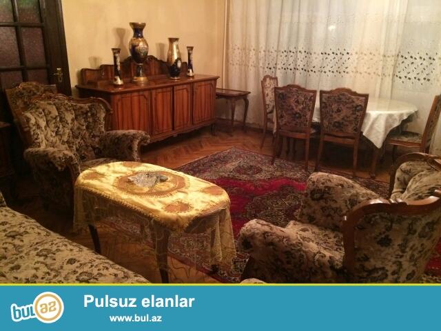 """Сдается 2-х комнатная квартира, в центре города, около метро Гянжлик, рядом с дмомо торжеств """"Крал""""..."""