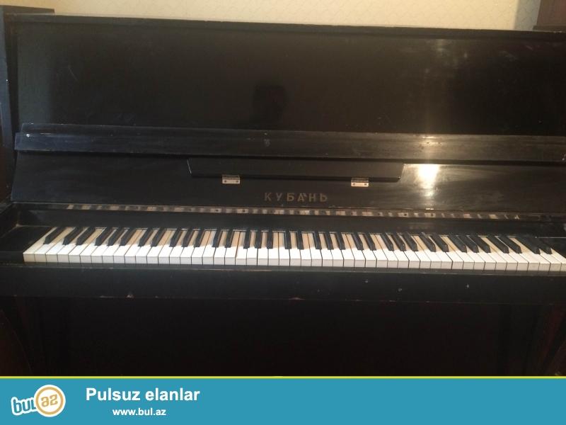 """Qara rəngli """"KUBAN"""" markalı pianino satılır. <br /> (Daşınma xərci daxil deyil)"""