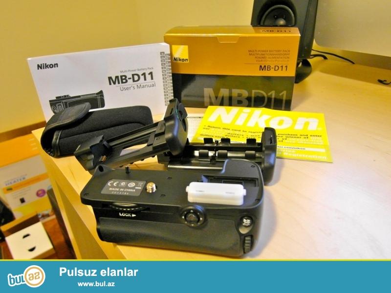 Nikon MB-D11 satılır. Nikon D7000 fotoaparatı üçündür...