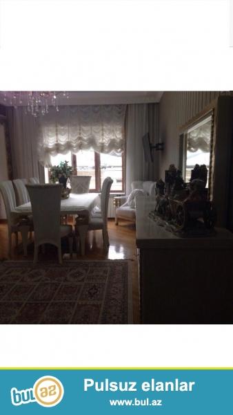 Сдается 4-х комнатная квартира в престижной новостройке,в центре города, около метро Низами, за МИД-ом 16/4...