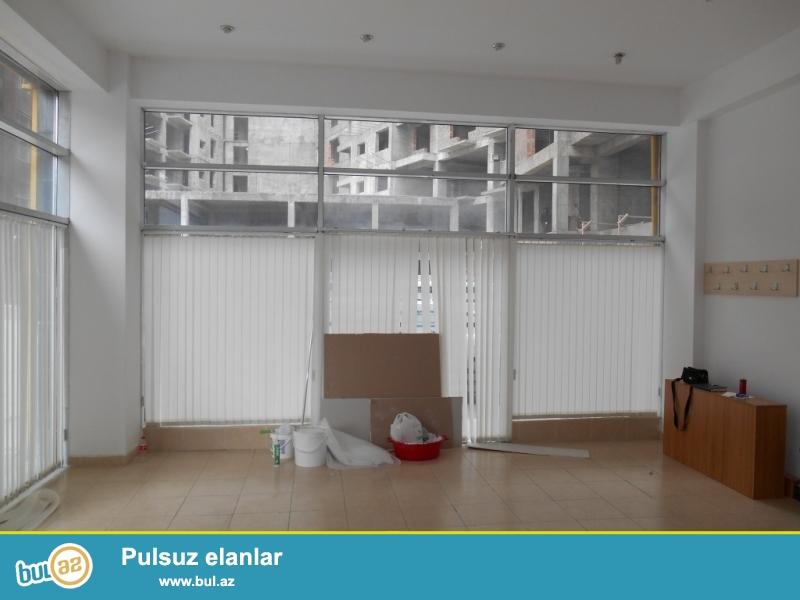 **РУФАТ*    *АЙНУР**  Сдается   2 -х   этажный  2-х комнатный  готовый  офис   с   ремонтом  около  метро   Низами,  98кв...