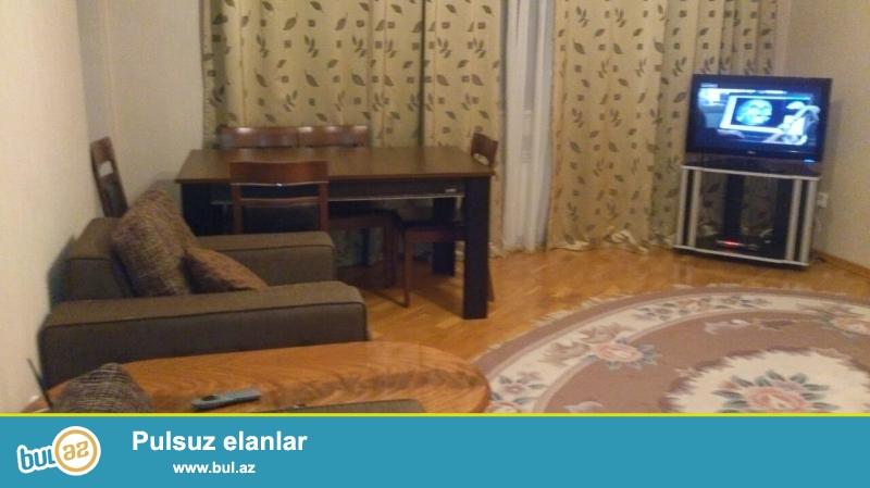 Сдается 3-х комнатная квартира в новостройке,в центре города, около Тезе Базара...