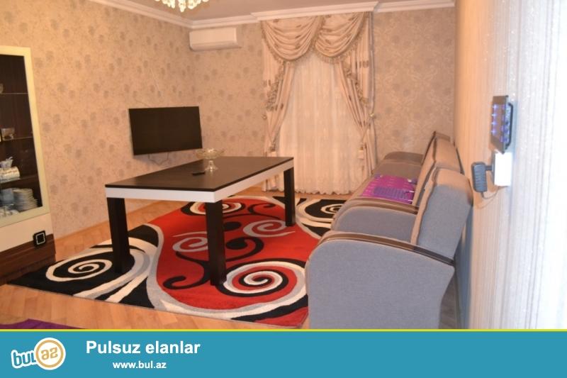 Сдается 3-х комнатный частный дом в районе Ясамал, рядом с Медтехникумом...