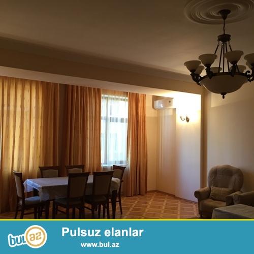 Сдается 3-х комнатная квартира в новостройке,в центре города, по проспекту Азадлыг, за Насиминским Полицейским Управлением...