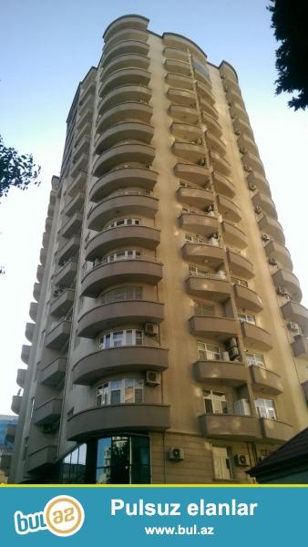 Сдается 2-х комнатная квартира в новостройке,в центре города, около Насиминского рынка...