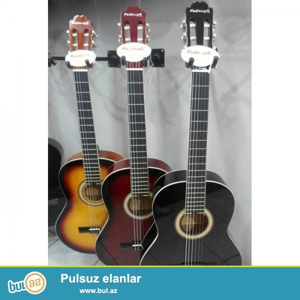 Yeni Almanya və Türkiyə istehsal olan meşur MASTERWORK firmasina mexsus 3900ce modeli gitaralar keyfiyetine gore secilir...