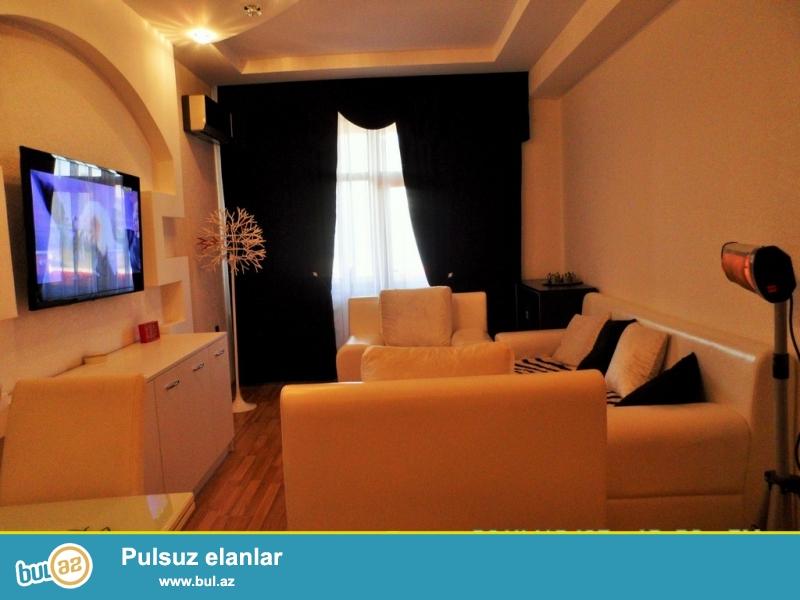 Очень срочно! На Хатаи вблизи АТС в элитном комплексе *ХАЛАЛ МТК* продается 2-х комнатная квартира (1-на переделанная в 2х ) нового строения  7/16, площадью 65 квадрат...