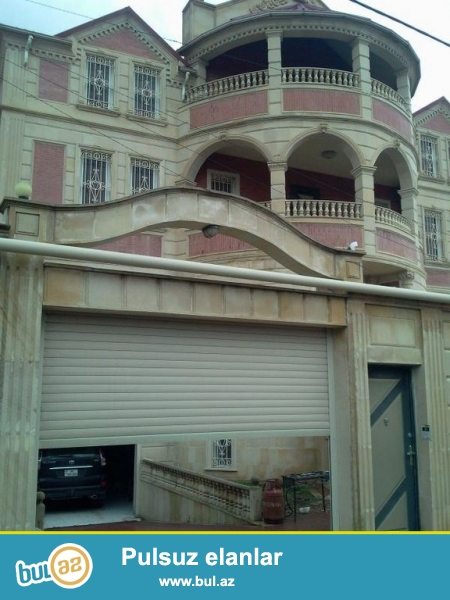 Срочно! Во 2-м массиве Бадамдара cдается в аренду 3-х этажная, 6-и комнатная, площадью 658 квадрат аблицованная аглаем , с евро ремонтом вилла...