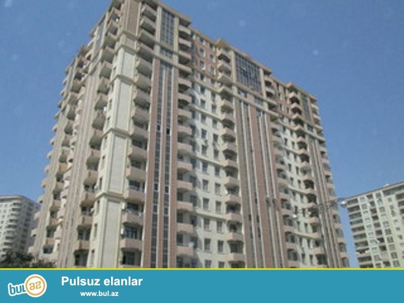 Baku Mollun yaninda yeni tikilmis binada 3 otaqli menzil tecili satilir...