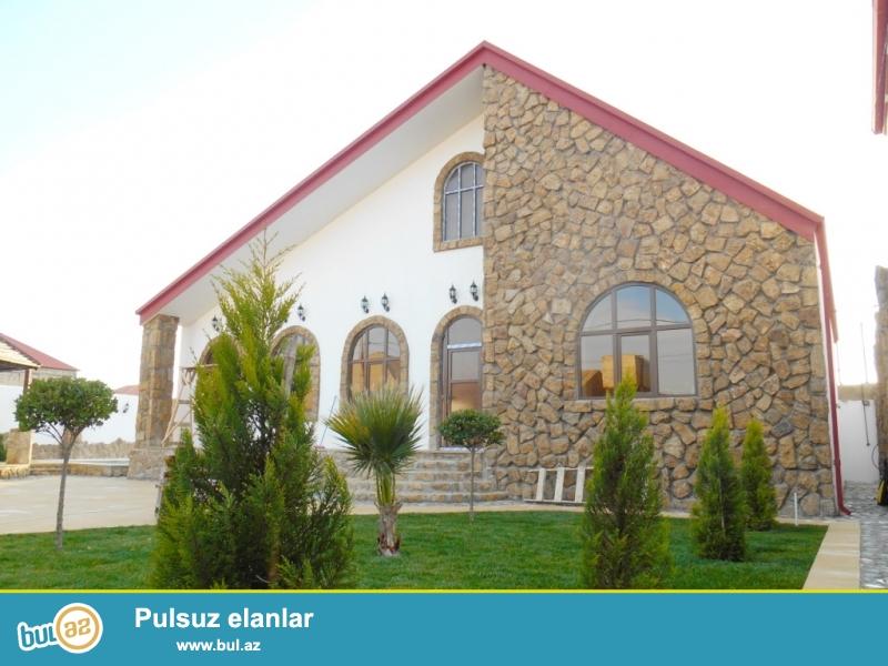 **РУФАТ*АЙНУР** Срочно продается новопостроенная дом-дача в Мардакане у новой трассы, 1но этажный дом расположен на 6ти сотах, 4 комнаты, 170 кв...