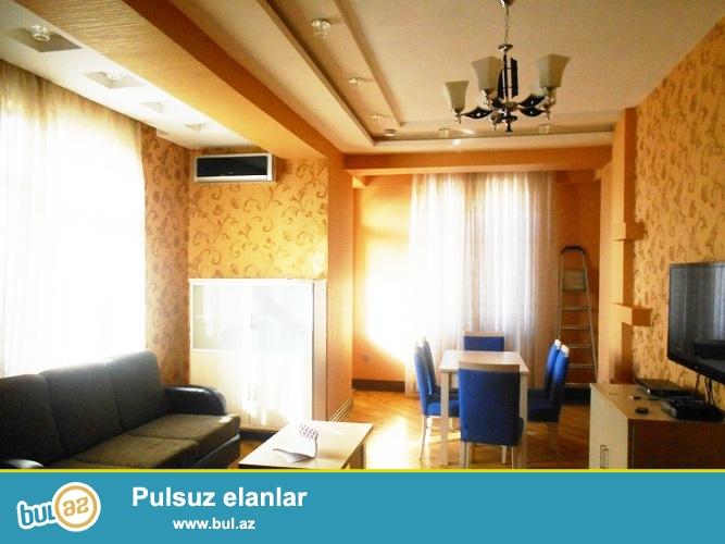Сдается 2-х комнатная квартира в престижной новостройке,в центре города, по проспекту Строителей, около ЦСУ...