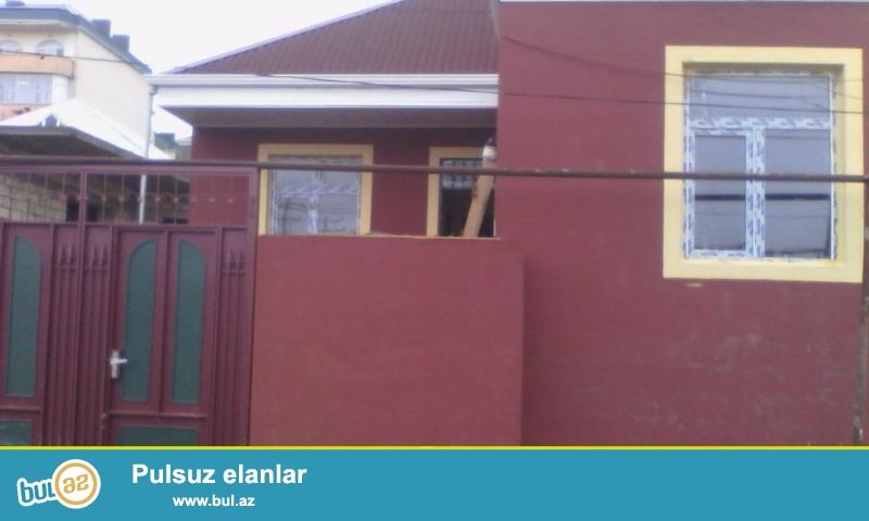 Xirdalanin  merkezinde      4  daw   kursulu   3 otaqli  temirli    heyet  evi   satilir...