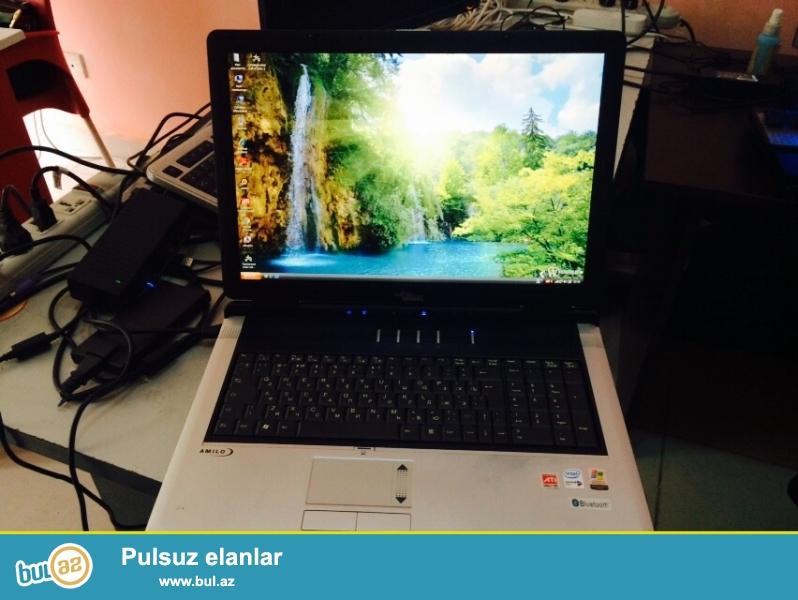 Fujitsu Siemens noutbuku təcili satılır.<br /> <br /> Ekran 17,3<br /> Ram  1...