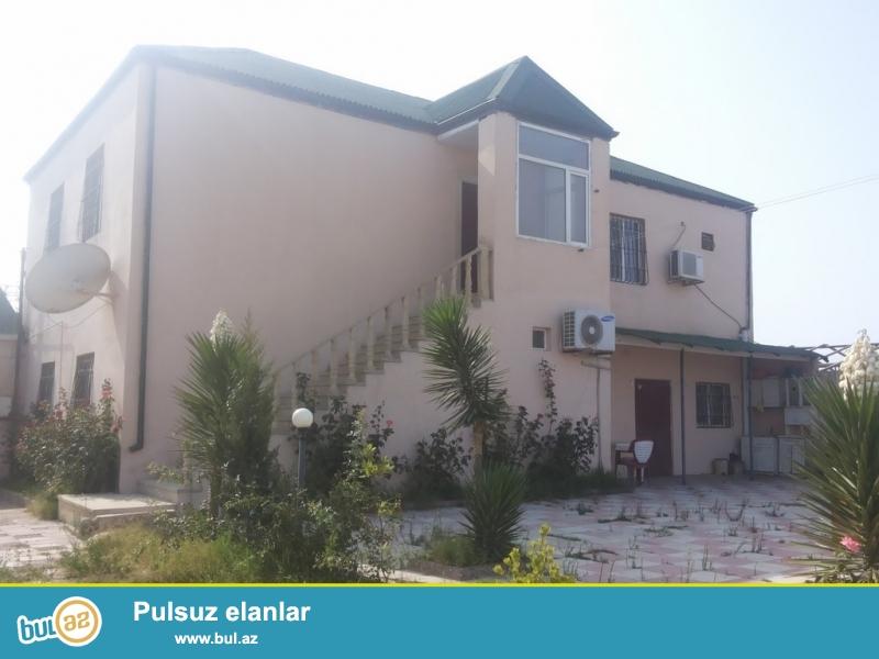 Срочно! Продается 2-х этажный частный дом, в поселке Шувалан – дачные участки, расположенный на 9-и сотках приватизированного  земельного участка ...
