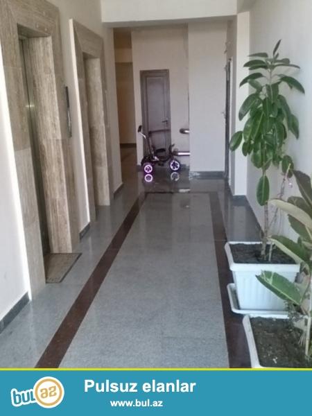 Очень срочно! На Нариманово , рядом с *МЕТРОПАРКОМ*, продается 2-х комнатная квартира нового строения , 6/17, площадью 106 квадрат, квартира с супер ремонтом...