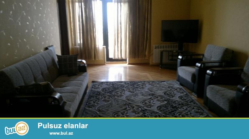 """Очень  срочно! Сдается в аренду для солидным клиентам  3-х комнатная  квартира (2+1)   90  кв  8/14,  на Хатаи  в """"Chirag plaza"""" ..."""
