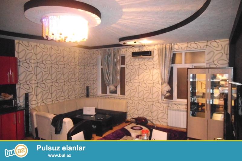 Сдается 5-ти комнатный частный дом в районе Ясамал, рядом с Медтехникумом...
