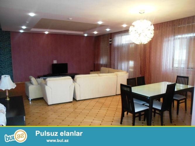 Сдается 3-х комнатная квартира в новостройке,в центре города, рядом с дворцом имени Г...
