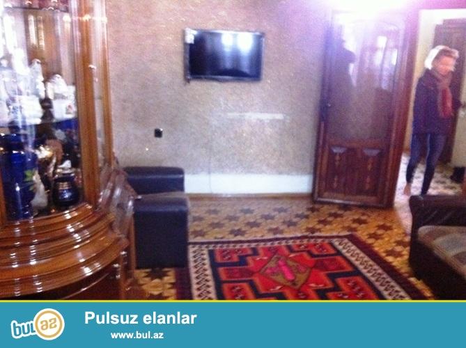 Сдается 2-х комнатная квартира в центре города,около метро Низами...