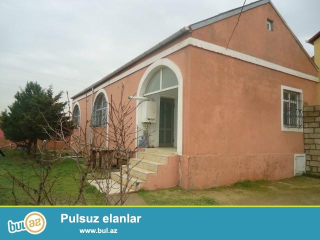 MUSA Sabunçu rayonu, Savalan qəsəbəsi,2 sot torpaq sahəsində 4 daş kürsülü ümumi sahəsi 67 kv...