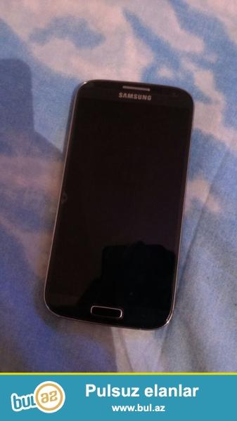 Samsung galaxy s4 satilir<br /> ideal veziyetde <br /> her seyi var<br /> whatsaap