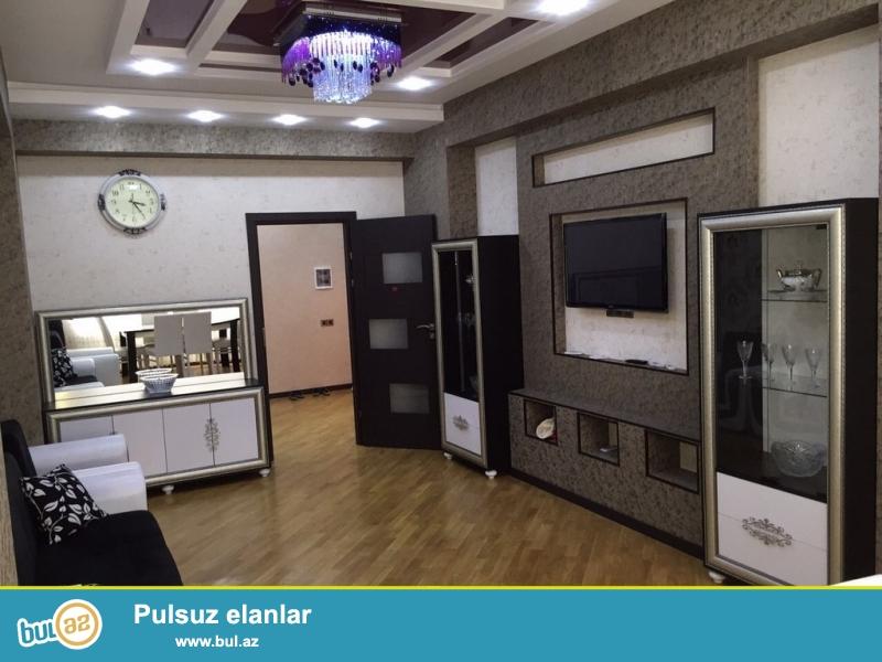 Очень  срочно ! В близи метро Нариманов в комплексе *Азинко* сдаётся   в аренду на долгий срок   3-х комнатная  квартира нового строения  4/16...