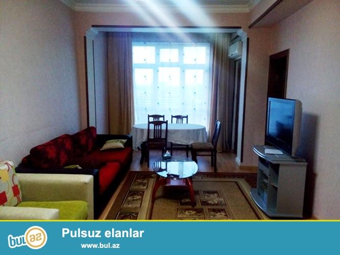 Сдается 2-х комнатная квартира переделанная в 3-х комнатную в престижной новостройке,в центре города,около метро Нариманова...